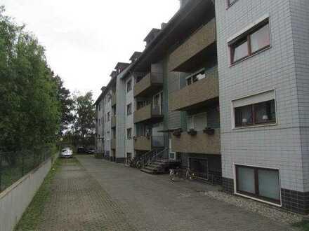 FRANKFURT-NIED: Sehr schöne 2 Zi.-Dach-ETW in kl. Liegenschaft - ALLES NEU --