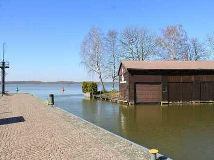 HORN IMMOBILIEN ++ Bootsliegeplatz im Bootsschuppen direkt Neustrelitz im Stadthafen