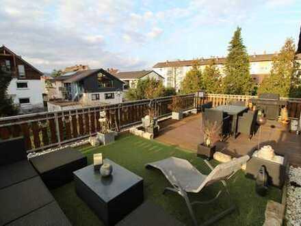 Großzügige Maisonettewohnung mit großer Dachterrasse in einem 2-Familienhaus