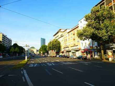 Mannheim-City Nähe Bahnhof und Uni: Ideale Stadtwohnung mit Dachterrasse