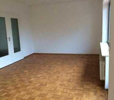 Erstbezug nach Sanierung: schöne 4-Zimmer-Wohnung mit Balkon in Bad Kissingen