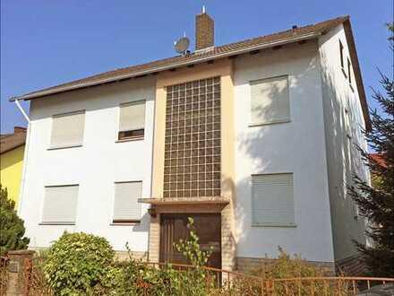 Zweifamilienhaus mit Ausbaureserve 2 Eigentumswohnungen mit Terrasse bzw. Balkon in Kleinostheim!