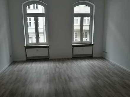 5 Zimmer-Etagen-Wohnung im Zentum Plauens!