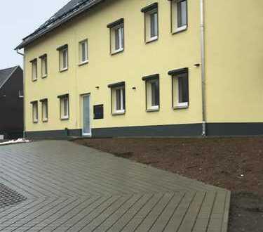 Große 4- Raumwohnung in neu gebautem Haus zu vermieten