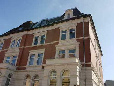 Erstbezug nach Sanierung: stilvolle, helle 2-Zimmer-Dachgeschosswohnung in Braunschweig