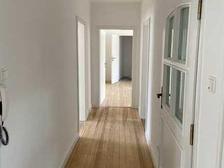 Erstbezug nach Sanierung mit EBK und großer Terrasse: ansprechende 4-Zimmer-Wohnung in Heidelberg
