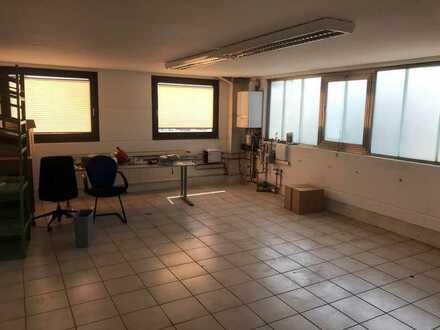 Bürofläche mit Kleinteilewerkstatt in Obertraubling