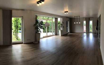 Schönes Haus mit fünf Zimmern in Rheinisch-Bergischer Kreis, Leichlingen (Rheinland)