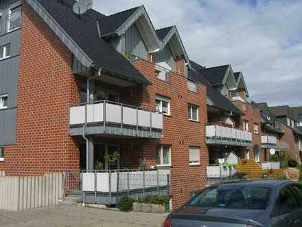 Gepflegte 4-Zimmer-Dachgeschosswohnung auf 2 Ebenen mit 2 Balkone zu vermieten