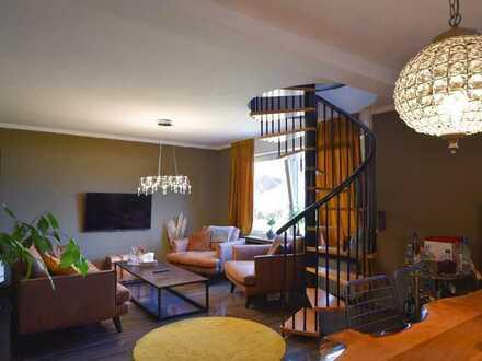 Idyllisches & modernes Zweifamilienhaus