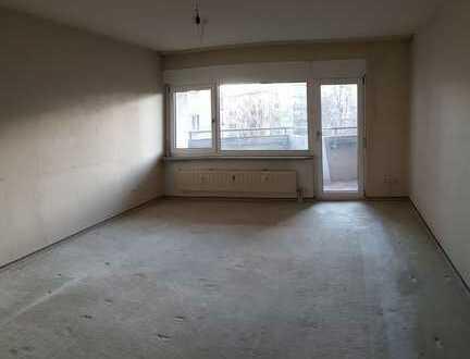 Hemmingen: 3,5-Zimmer-Wohnung im 4. OG, mit Balkon und Kfz-Stellplatz
