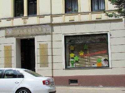 Vermietete Ladeneinheit in guter Geschäftslage
