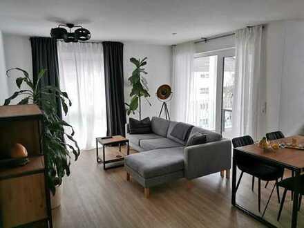 Erstbezug !!! 4-Zimmer-Neubau-Wohnung mit Süd-West Balkon ruhig + zentral gelegen in Eschborn