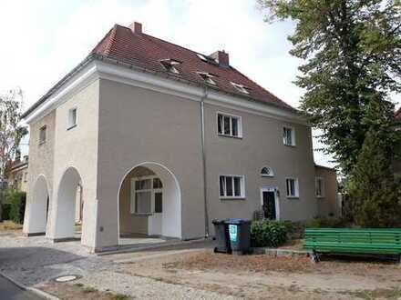 **wunderschönes Dreifamilienhaus im Märchenviertel, komplett vermietet - Anleger oder Selbstnutzer**
