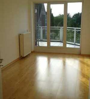 Vollständig renovierte 3-Zimmer-Wohnung mit Balkon in Meerbusch