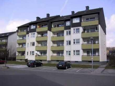 Schoene 3 ZKB mit Balkon in Eisenberg in der Pfalz provisionsfrei