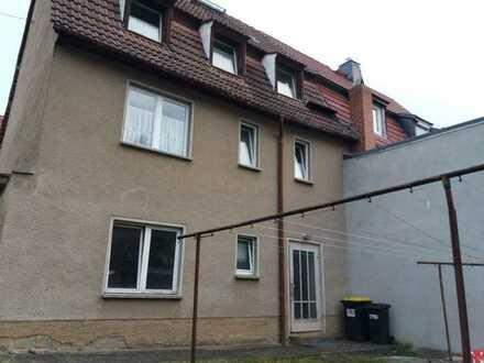 Schnäppchen: renovierungsbedürftiges Einfamilienhaus sehr günstig zu verkaufen
