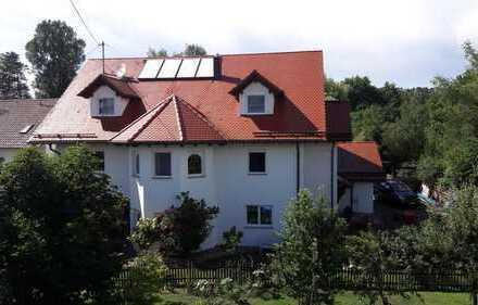 Schöne, geräumige 2 1/2 Zimmer Wohnung in Zollernalbkreis, Grosselfingen