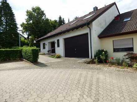 Schönes, geräumiges Haus mit sechs Zimmern in Ludwigsburg (Kreis), Bietigheim-Bissingen