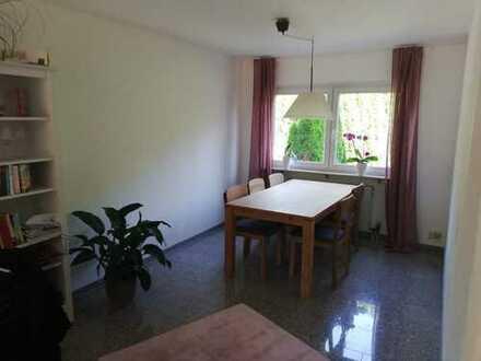 1.050 €, 90 m², 3,5 Zimmer