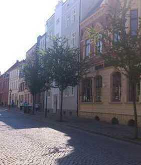 2 helle Zimmer in 2er WG mitten in der Altstadt