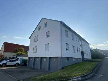 Freundliche 3-Zimmer-Wohnung mit Balkon und Einbauküche in Grabenstetten