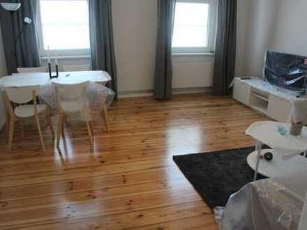 Bild_Erstbezug nach Sanierung mit Balkon: attraktive 2-Zimmer-Wohnung in Stuckaltbau