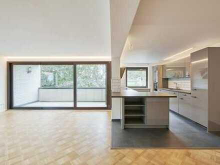Helle Zwei- Zimmer- Wohnung mit geschmackvoller EBK und großem Balkon