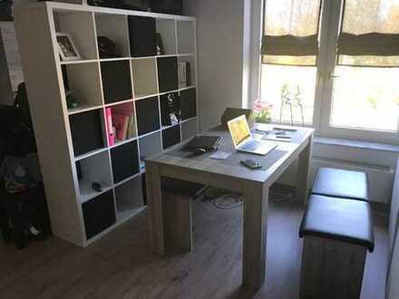 Helles möbliertes 1-Raum Appartement