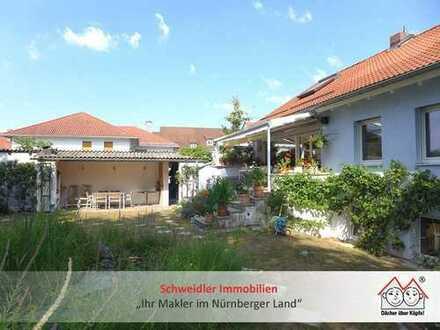 Sie suchen etwas Besonderes? Einfamilienhaus mit schönem Garten & toller Ausstattung in Uttenreuth