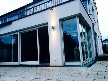 Einfamilienhaus in Karlsruhe - zentral und im Grünen - 500m2 Garten
