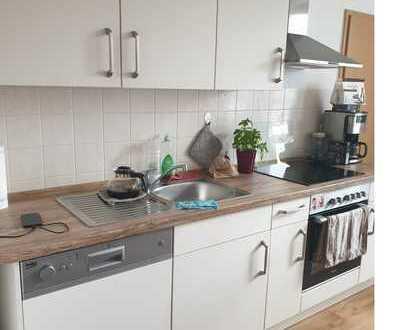 Gemütliche, kleine 3-Zimmerwohnung mit neuer EBK sucht Mieter