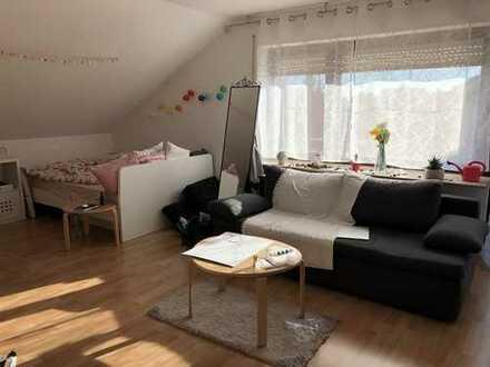 Helle 1-Zimmer-Wohnung mit Küche, Bad und großzügigem Balkon in schöner, ruhiger Wohnlage
