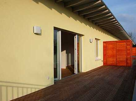 PROVISIONSFREI - Hochwertige 4-Z Whg (86m2) plus 35 m2 Dachterrasse
