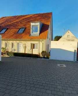 Schöne Doppelhaushälfte in Günzburg