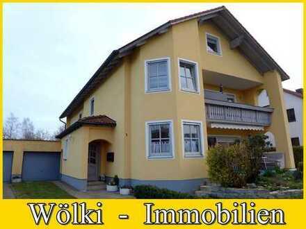 Zweifamilienhaus mit zusätzlichen Bauplatz!