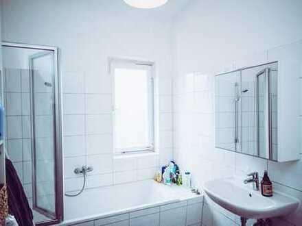 (A23) Zimmer in wunderschönem Altbau zentral in Heilbronn.