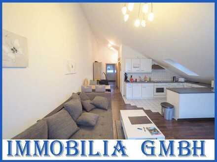 AM FASANERIEBERG - Gepflegte 2-ZKB DG Wohnung mit EBK/Balkon in direkter Stadtnähe (Zweibrücken)