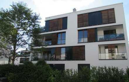 Modernes Penthouse mit Berg- und Seeblick