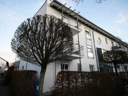 3-Zimmer Dachgeschosswohnung mit zwei Balkonen in ruhiger Wohnlage