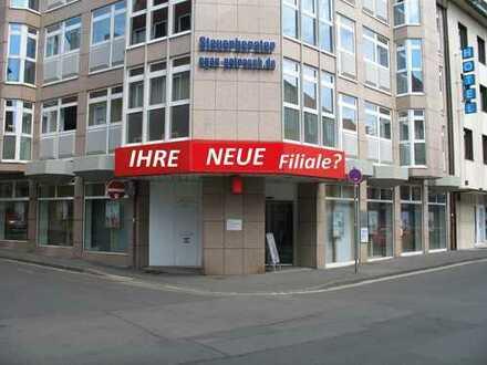 Nähe Roßmarkt - Ladengeschäft/-büro in einem renommierten und bekannten Geschäftshaus