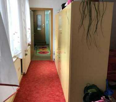 4 Raum Wohnung im schönen Ilmenau - wird renoviert