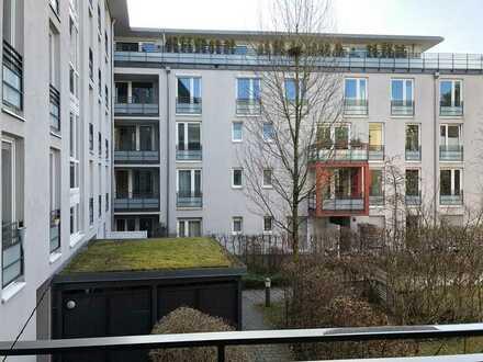 Barrierefreie attraktive 3-Zimmer-Wohnung mit großem Innenhofbalkon.