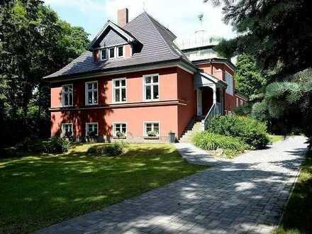 attraktive Gewerbeeinheit mit Charme in der Villa Reich
