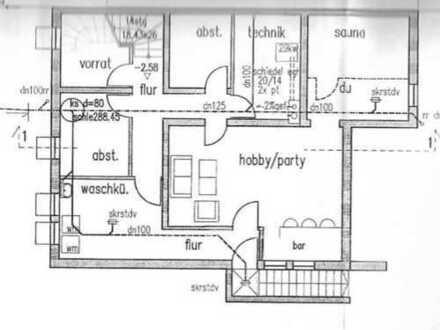 Gepflegte 4,5-Zimmer-Maisonette-Wohnung mit 2 Balkonen und Einbauküche in Köngen