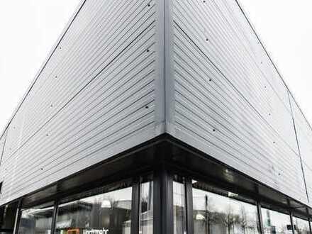 Schicke Halle zum Ausbau für Freizeit,Shop,Verkauf,Ausstellung oder Loft