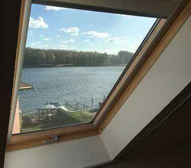 Vollständig renovierte, teilmöblierte 1-Zimmer-DG-Wohnung mit Seeblick in Malchow/Müritz