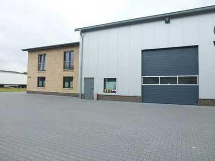 Neuwertige Produktionshalle mit Bürotrakt und Betriebsleiterwohnung in Wietmarschen-Lohne