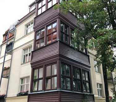 Schicke 3 Zimmer, Maisonette Wohnung, 2 Bäder , Balkon in Top Lage