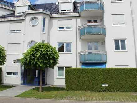 3 Zimmer Wohnung im 1. OG in Blankenloch, 2 Balkone, Tiefgarage